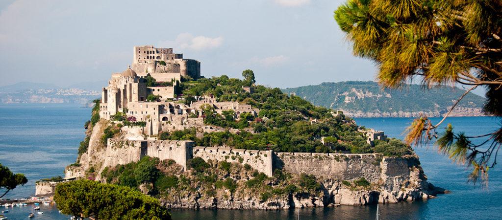 Остров Искья в Италии — место отдыха тела и души