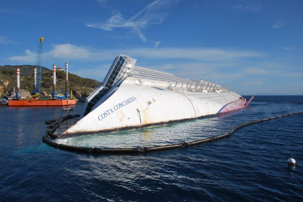 крушение круизный лайнер Costa Concordia