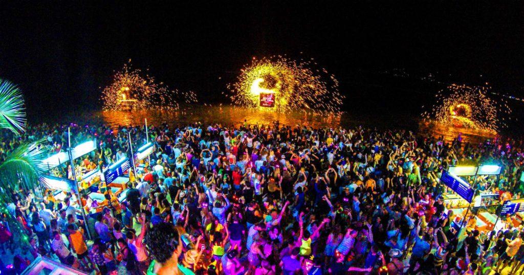 остров Пханган ночные дискотеки