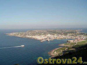 Остров в Италии