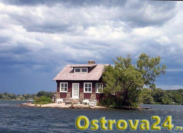 Домик на острове