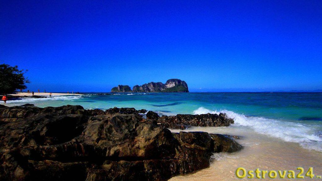 Снорклинг на острове Бамбу