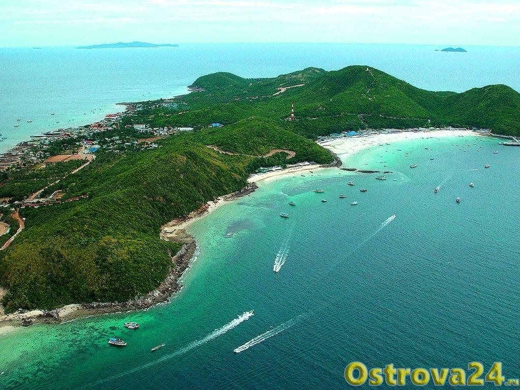 Вид острова Ко Лан сверху