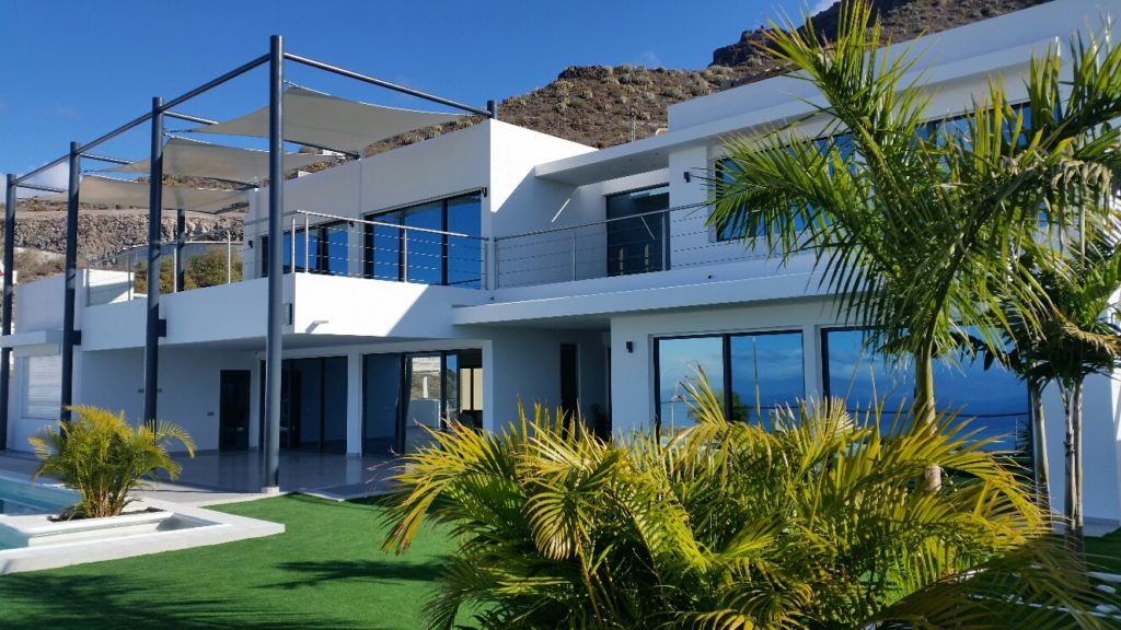 Обзор роскошных вилл, доступных к покупке, на Канарских островах